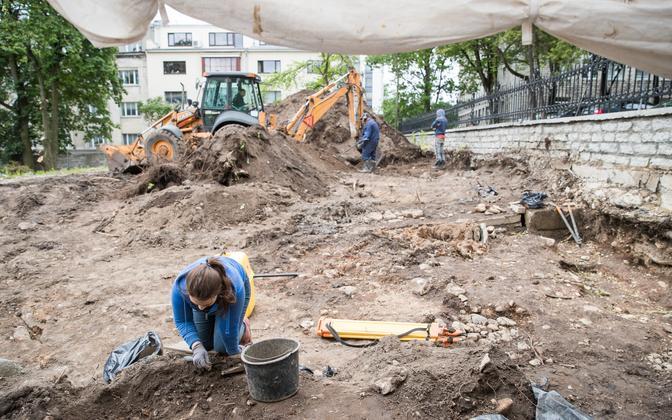 Arheoloogilised väljakaevamised Tallinnas Tõnismäel