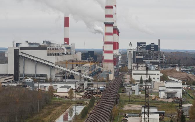 Eesti kliima- ja energiapoliitikat dikteerib suuresti sõltuvus ppõlevkivist. Pildil põlevkivil töötav Eesti Energia soojuselektrijaam.