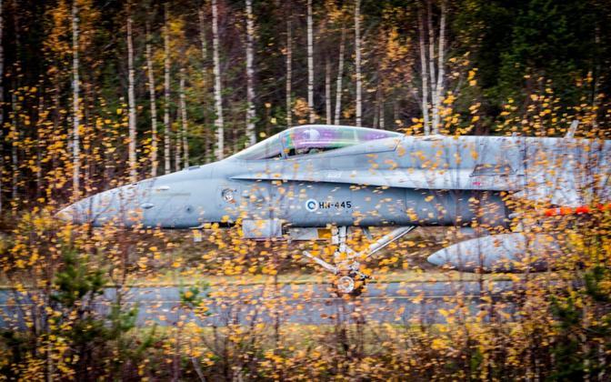 Soome õhuväe hävituslennukit F/A-18 Hornet.