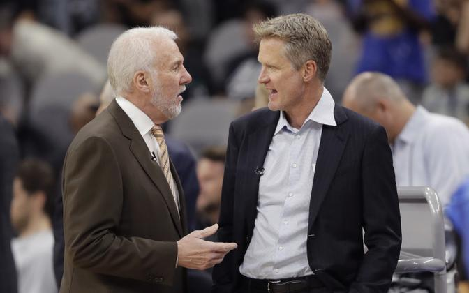 Gregg Popovich (vasakul) ja Steve Kerr (paremal)