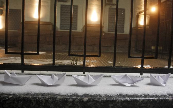 Meeleavaldus Kiievis Vene saatkonna juures.
