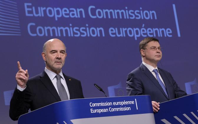 Euroopa Komisjoni volinikud Pierre Moscovici ja Valdis Dombrovskis.