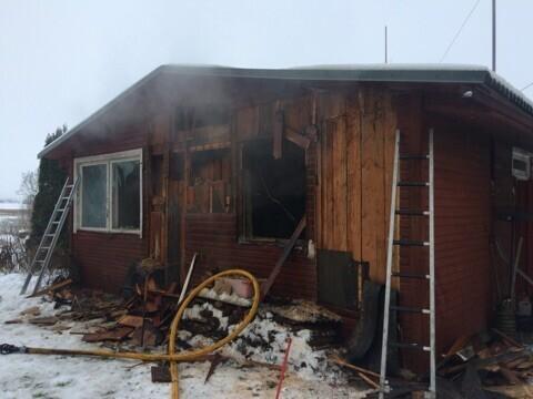 Tuleroaks langenud elumaja Raigastes