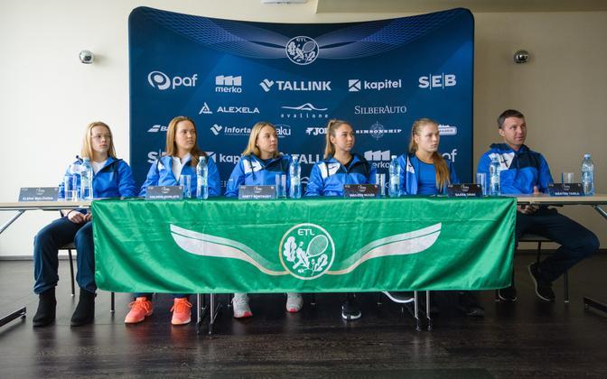 Elena Malõgina, Valeria Gorlatš, Anett Kontaveit, Maileen Nuudi, Saara Orav ja Märten Tamla