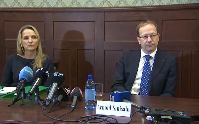 Public Prosecutor Inna Ombler and ISS chief Arnold Sinisalu.
