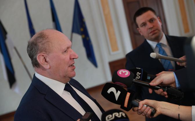 Mart Helme sõnul kohtub uus ministrikandidaat Jüri Ratasega esmaspäeva õhtul.
