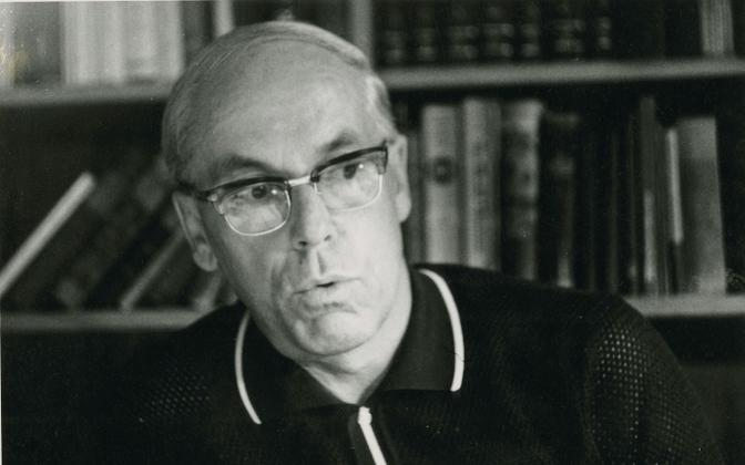 """Lennart Meri """"Hõbevalge"""" ilmumise aastal 1976. a"""