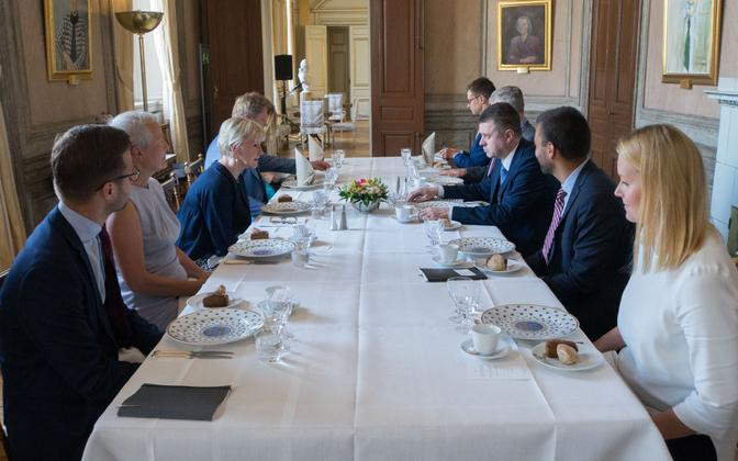 Foreign minister Urmas Reinsalu (Isamaa) meeting with Swedish counterpart Margot Wallström in Stockholm Wednesday.
