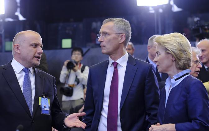 Defense minister Jüri Luik, NATO secretary general Jens Stoltenberg, and German defense minister Ursula von der Leyen in Brussels, June 2019.