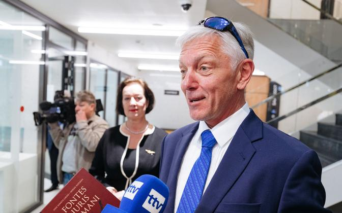 The two men who kicked MEP Indrek Tarand (SDE - pictured) at a demonstration last autumn publicly apologized on Friday. May 10, 2019.