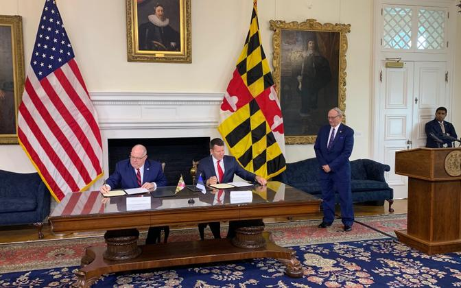 Maryland Governor Larry Hogan and Estonian Ambassador to the U.S. Jonatan Vseviov signing the cooperation agreement on Monday. Aug. 5, 2019.