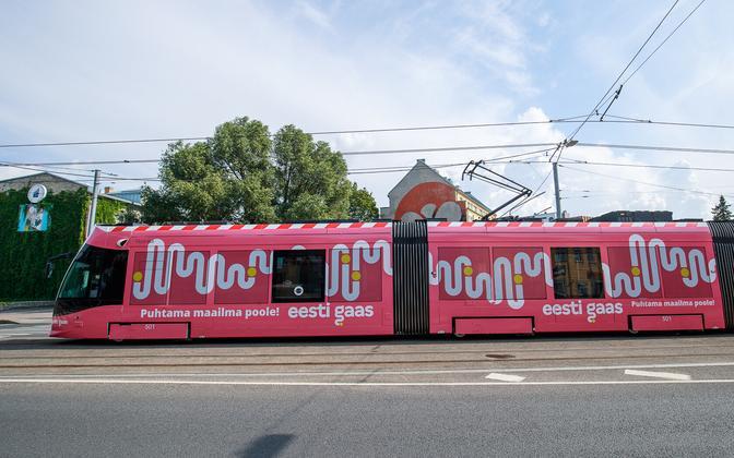 A Tallinn tram in Eesti Gaas livery.