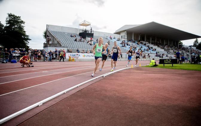 An athletics competition at Kadriorg Stadium.