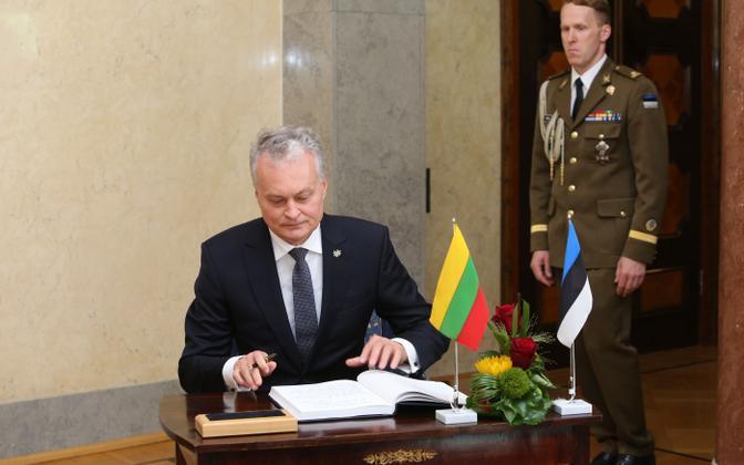 Leedu president Gitanas Nauseda kohtus Kersti Kaljulaidiga.