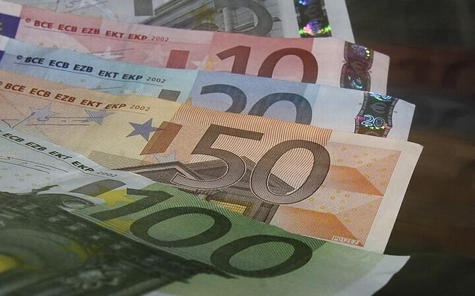 Мошенник представился работником банка и выманил у жительницы Харьюмаа деньги.