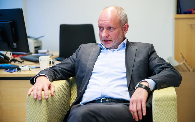 Matti Maasikas oma tühjas kabinetis välisministeeriumis, sest homsest on ta Euroopa Liidu esinduse juht Kiievis.