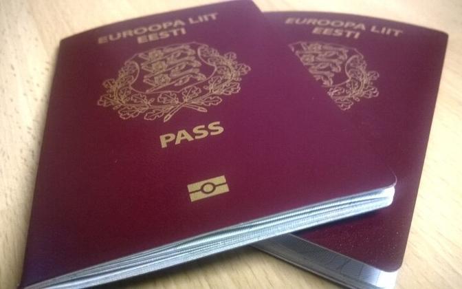 Estonian passports.