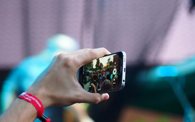 $content['photos'][0]['caption'.lang::suffix($GLOBALS['category']['lang'])]?>