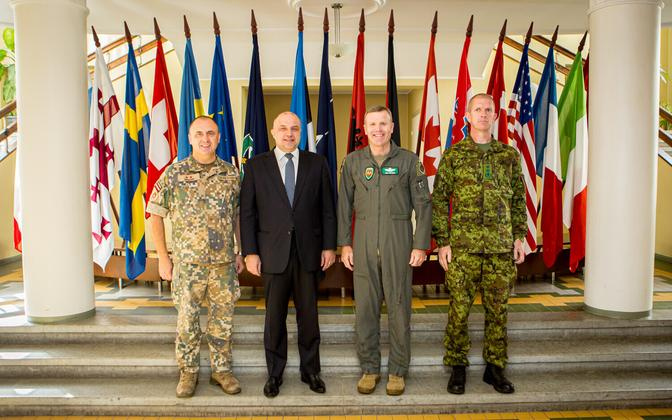 Minister of Defence Jüri Luik (Isamaa) and SACEUR Gen. Tod D. Wolters at Baltic Defence College in Tartu on Tuesday. Sept. 24, 2019.