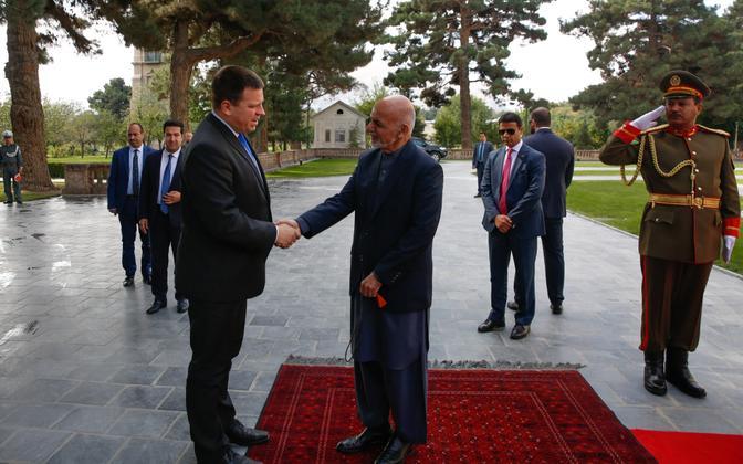 Prime Minsiter Jüri Ratas (Centre) with President of Afghanistan Ashraf Ghanī in Kabul on Monday.