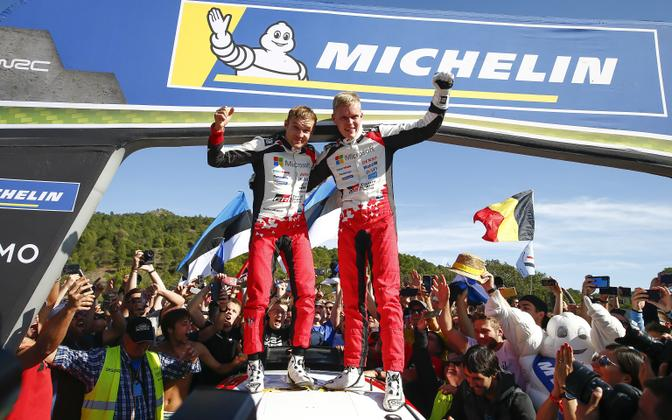 Co-driver Martin Järveoja (left) and driver Ott Tänak (right) after clinching the 2019 WRC world champion title in Catalunya.