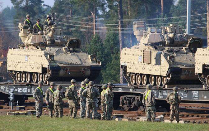 NATO üksuste kohaletoomine konflikti korral Balti riikidesse on edu suhtes üks kriitilisemaid küsimusi. USA tankid ja soomukid on saabunud tänavu oktoobris Leedusse Pabrade baasi lähedasse rongijaama.