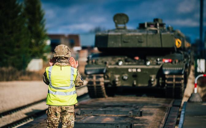 British Challenger 2 main battle tank at Tapa.