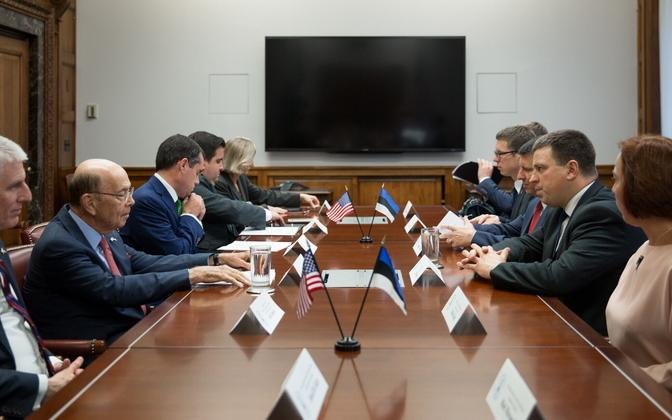 Prime Minister Jüri Ratas at the meeting with Wilbur Ross and Justin Muzinich in New York on Wednesday.