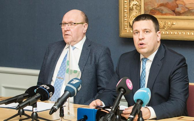 Minister of the Interior and EKRE chairman Mart Helme and Prime Minister and Centre Party chairman Jüri Ratas.