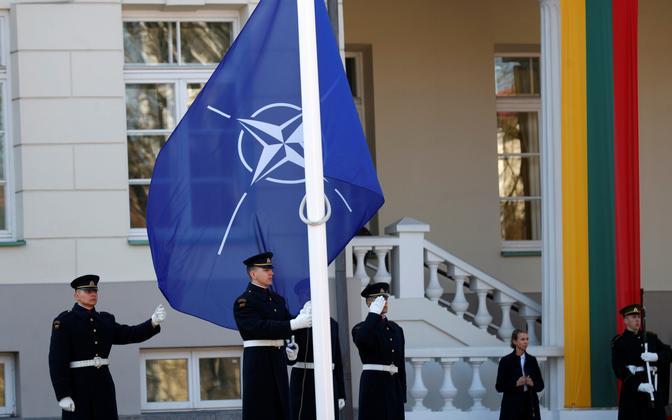 NATO ja Leedu.
