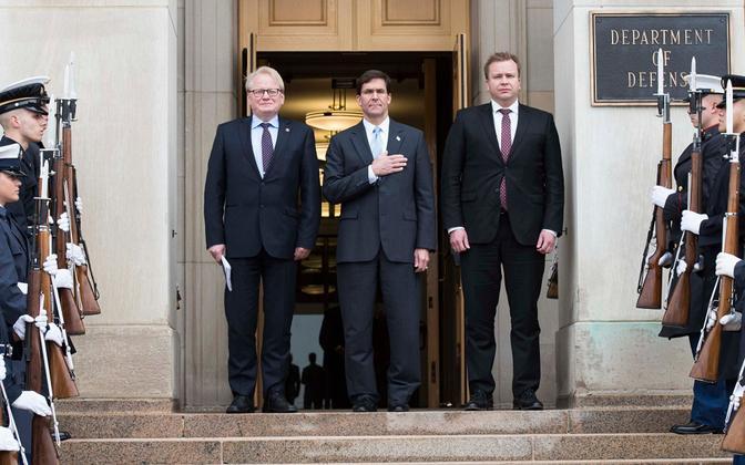 Rootsi, USA ja Soome kaitseministri kohtumine Washintonis.