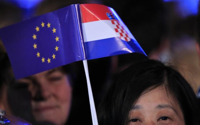 Euroopa Liidu ja Horvaatia lipp.