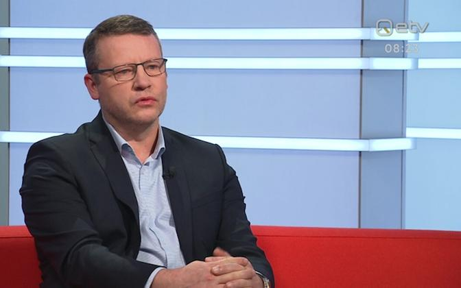 Toomas Uibo on Friday morning's edition of Terevisioon.