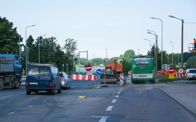 Teetööd Tallinnas Paldiski maanteel.