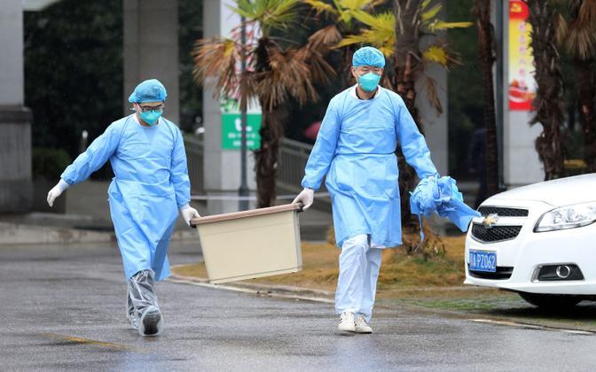 Meditsiinitöötajad Jinyintani haiglas Wuhanis.