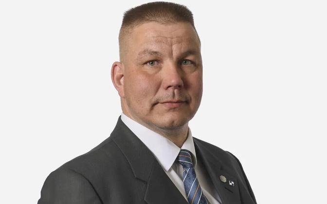 Põlissoomlaste poliitik Juha Mäenpää.