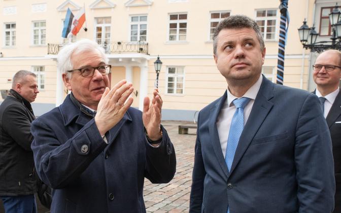 Jacek Czaputowicz and Urmas Reinsalu.