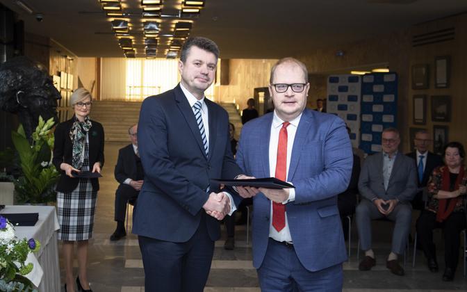 Former foreign ministers Urmas Reinsalu (left) and Urmas Paet.