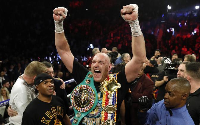 Tyson Fury WBC tiitlivööga.