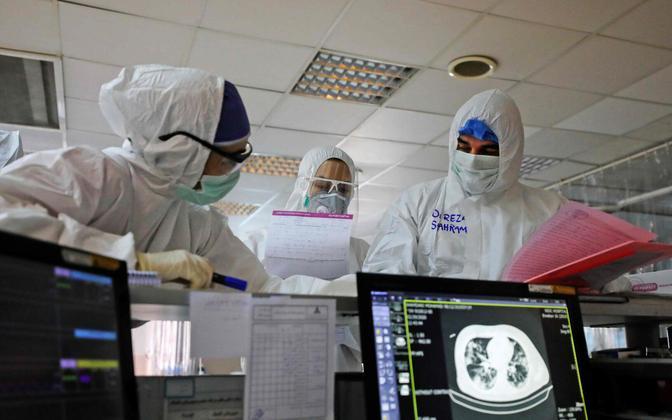 Iraani meedikud Teherani haiglas.