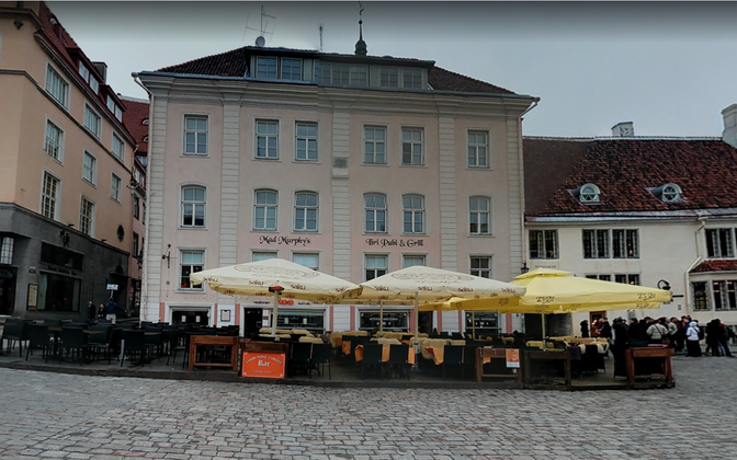 A pub in Tallinn's old town. The government is still undecided as to whether to curb alcohol sales due to the continued propagation of the coronavirus.