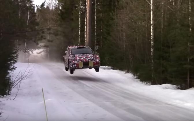 Toyota uus ralliauto