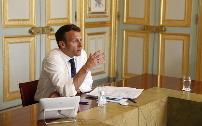 Prantsuse president Emmanuel Macron videopressikonverentsil Elysee palees.