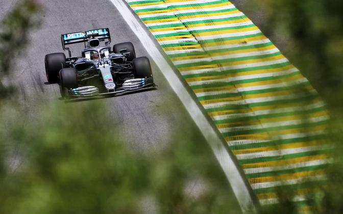 Lewis Hamilton mullusel Austria GP-l