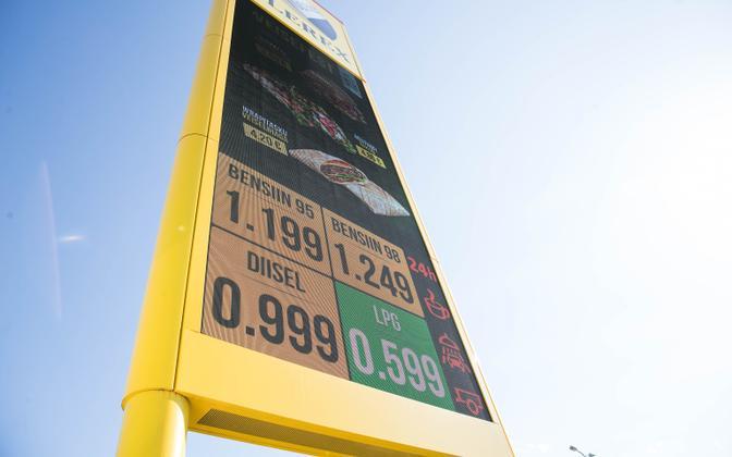 Diislikütuse hind Olerexi tanklas 30. aprillil.