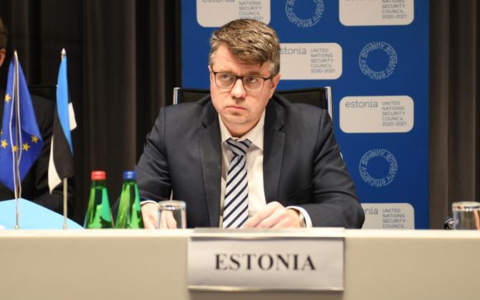 Minister of Foreign Affairs Urmas Reinsalu attending a video conference.