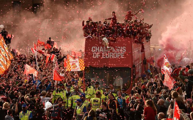 Liverpooli mullust Meistrite liiga võitu tuli linnatänavatele tähistama üle poole miljoni inimese