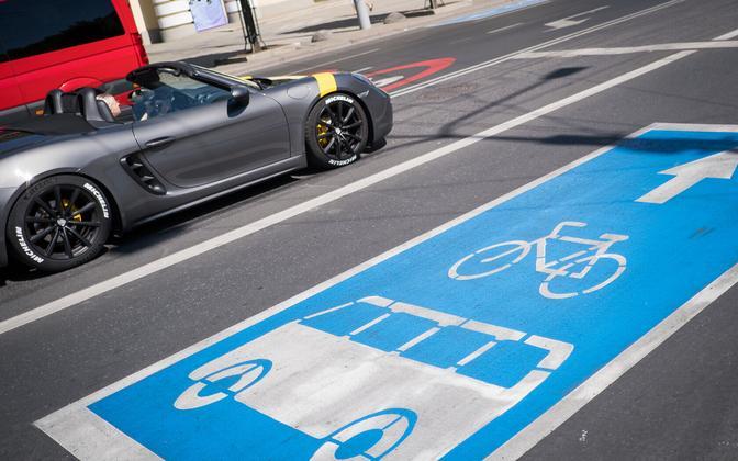 Bicycle lane.