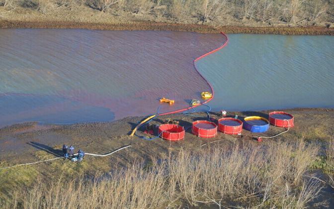 Mai lõpus Ambarnaja jõkke jõudnud diislireostuse likvideerimine Norilski lähistel.