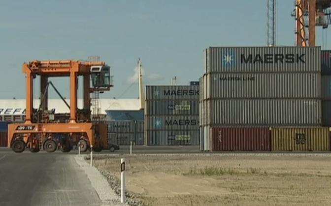 Непредсказуемые колебания спроса в разы увеличили стоимость морских контейнеров.